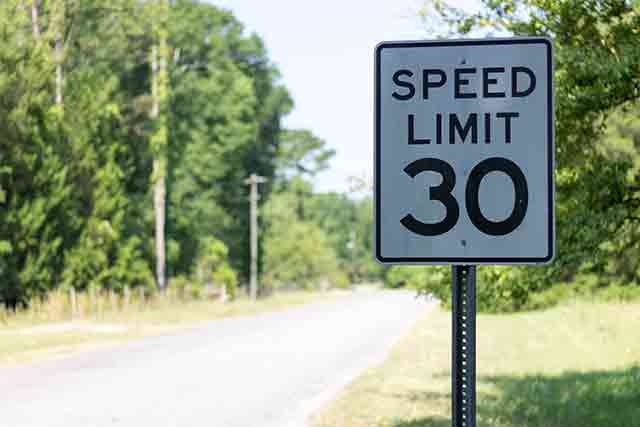 When to Hire a Missouri Speeding Ticket Lawyer
