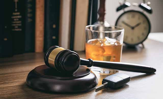 Why Hire A DWI Lawyer Kansas City?
